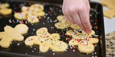 baking at te kaha kids